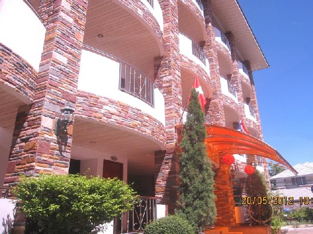 อพาร์ทเม้นท์ apartment-สำหรับ-ขาย-ถนนเทพประสิทธิ์-พัทยาใต้จอมเทียน 20120520103320.jpg