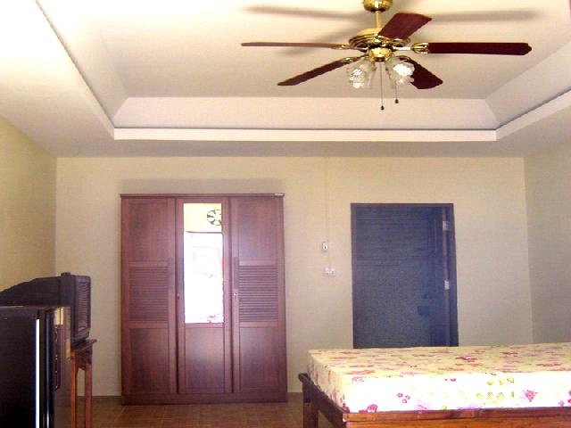 อพาร์ทเม้นท์ apartment-สำหรับ-ขาย-ถนนเทพประสิทธิ์-พัทยาใต้จอมเทียน 20120901141624.jpg