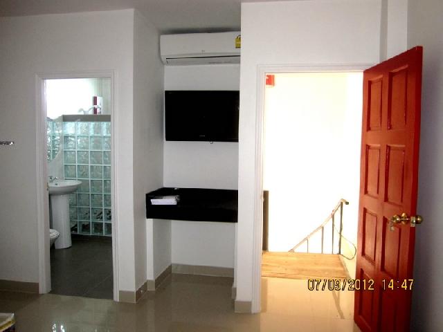 อพาร์ทเม้นท์ apartment-สำหรับ-ขาย-ซอยเขาตาโล-soi-khao-talo 20120907152534.jpg