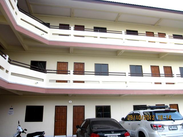 อพาร์ทเม้นท์ apartment-สำหรับ-ขาย-ซอยทุ่งกลมตาลหมัน--soi-tungklomtanman 20121030064015.jpg