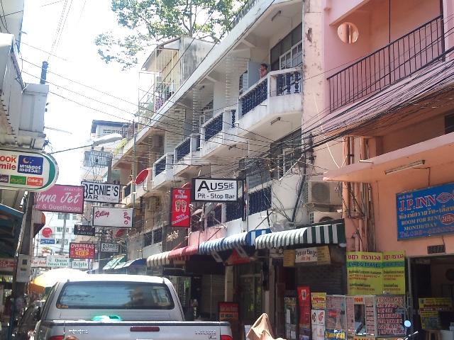 อพาร์ทเม้นท์ apartment-สำหรับ-ขาย-พัทยากลาง--central-pattaya 20130122114553.jpg