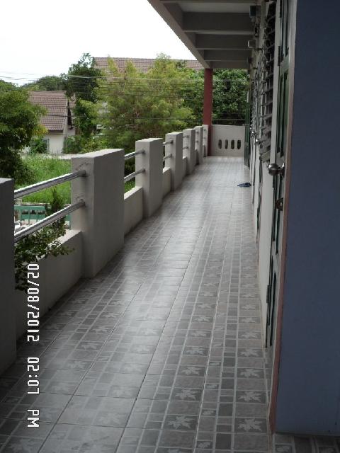 อพาร์ทเม้นท์ apartment-สำหรับ-ขาย-ถนนสุขุมวิท-sukhumvit-road 20130819201924.jpg